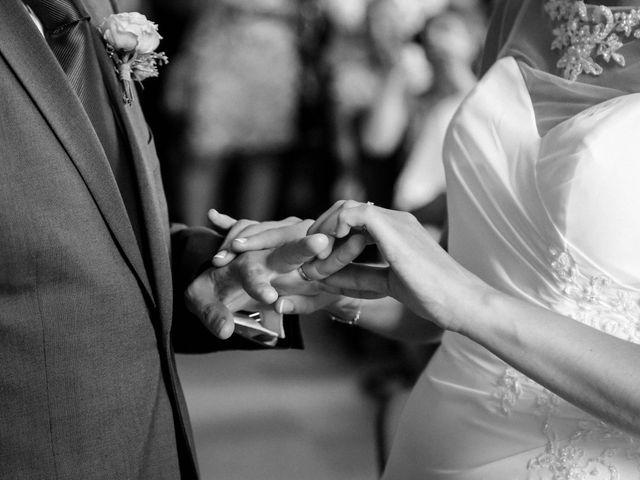 Le mariage de Chistopher et Alexa à Neuville-De-Poitou, Vienne 56