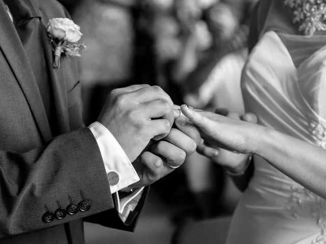 Le mariage de Chistopher et Alexa à Neuville-De-Poitou, Vienne 58