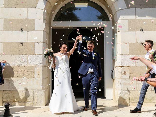 Le mariage de Chistopher et Alexa à Neuville-De-Poitou, Vienne 62