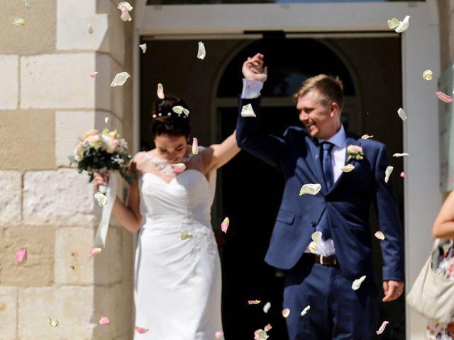 Le mariage de Chistopher et Alexa à Neuville-De-Poitou, Vienne 63