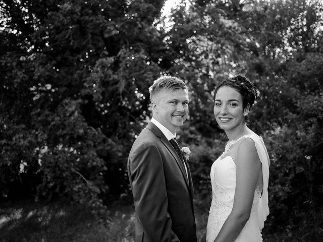 Le mariage de Chistopher et Alexa à Neuville-De-Poitou, Vienne 97