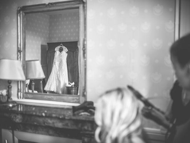 Le mariage de John et Elody à Tuffé, Sarthe 12