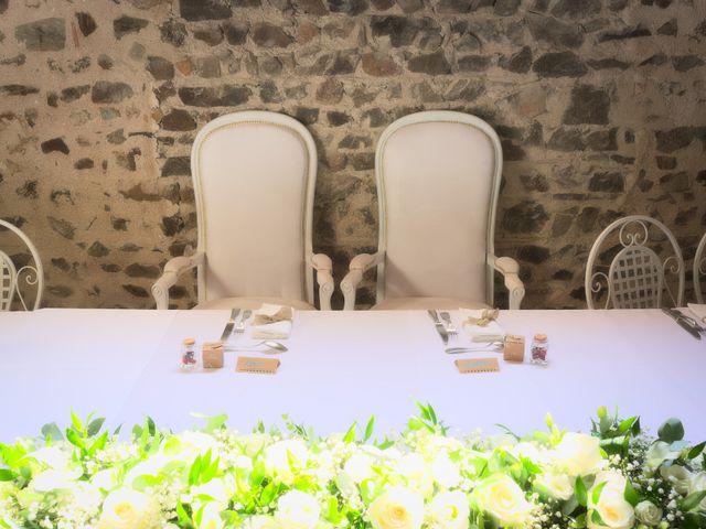 Le mariage de Steve et Dolorès à Villié-Morgon, Rhône 8