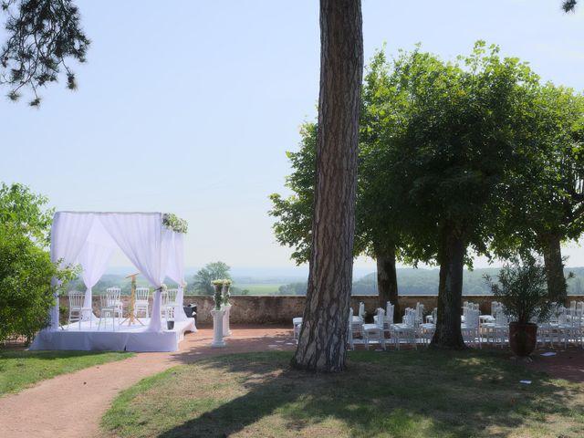 Le mariage de Steve et Dolorès à Villié-Morgon, Rhône 9