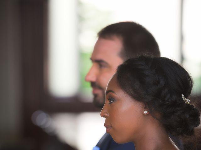 Le mariage de Steve et Dolorès à Villié-Morgon, Rhône 23