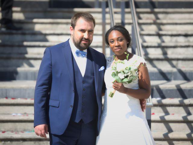 Le mariage de Steve et Dolorès à Villié-Morgon, Rhône 27