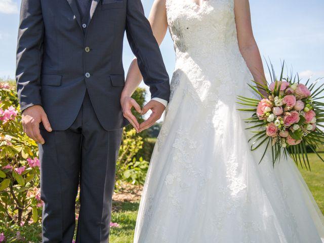 Le mariage de Germain et Héloïse à Touffreville-la-Corbeline, Seine-Maritime 2