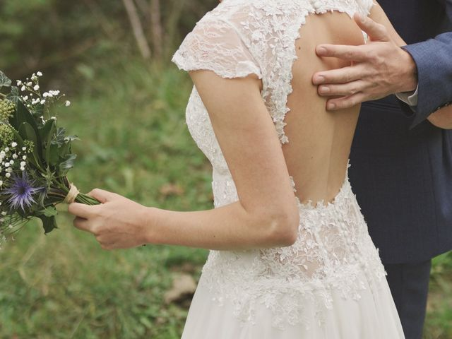 Le mariage de Laurent et Léa à Mieussy, Haute-Savoie 17