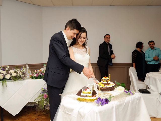 Le mariage de Albert et Irina à Paris, Paris 65