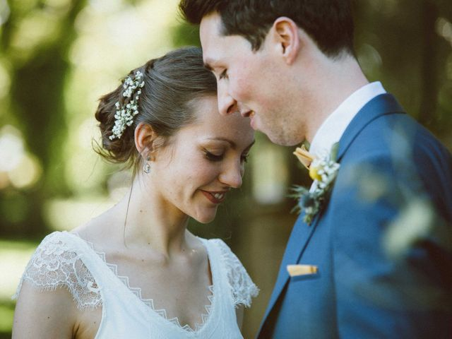 Le mariage de Sébastien et Emma à Saint-Laurent-de-Chamousset, Rhône 28