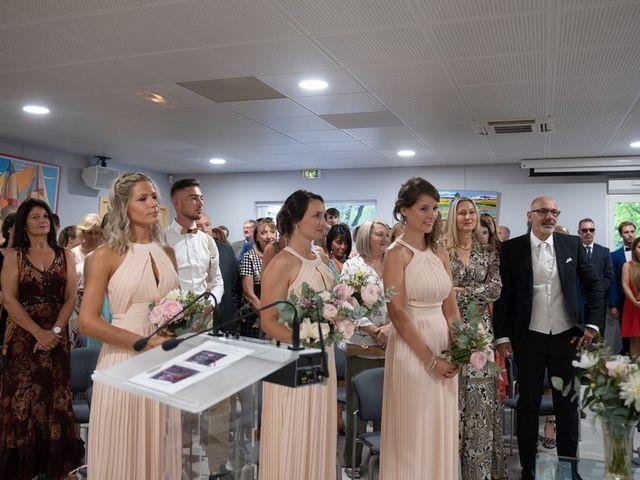 Le mariage de Mathieu et Laura à Saint-Gély-du-Fesc, Hérault 10