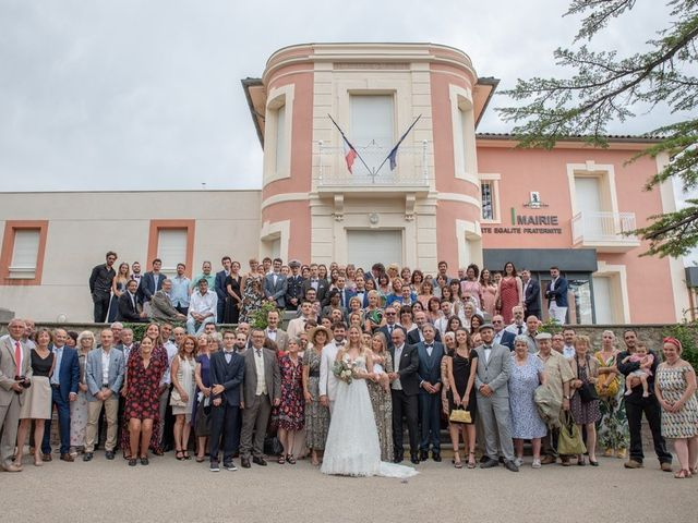 Le mariage de Mathieu et Laura à Saint-Gély-du-Fesc, Hérault 32