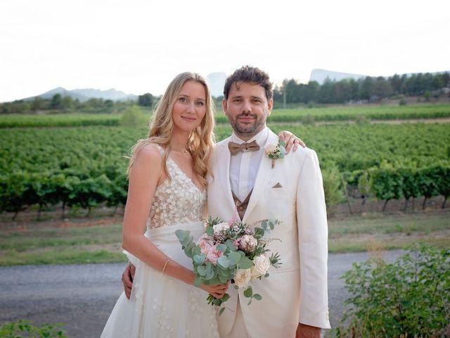 Le mariage de Mathieu et Laura à Saint-Gély-du-Fesc, Hérault 38