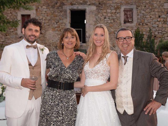 Le mariage de Mathieu et Laura à Saint-Gély-du-Fesc, Hérault 54