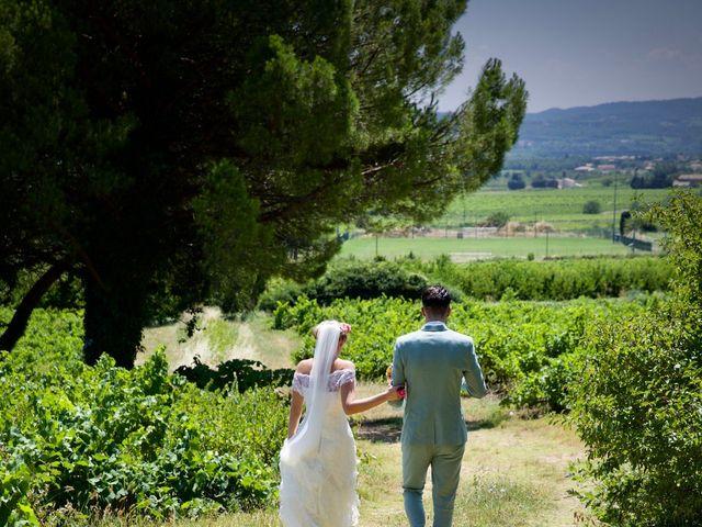 Le mariage de Pierre et Marine à Saint-Marcel-d'Ardèche, Ardèche 11