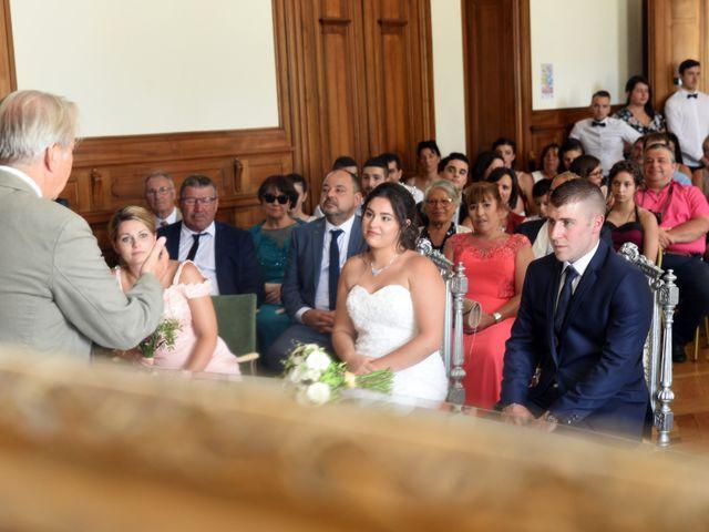 Le mariage de Florian et Laurie à Saint-Laurent-d'Agny, Rhône 30