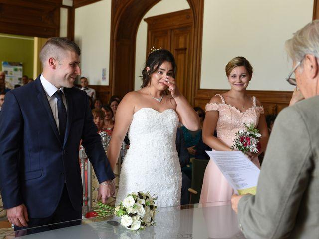 Le mariage de Florian et Laurie à Saint-Laurent-d'Agny, Rhône 35