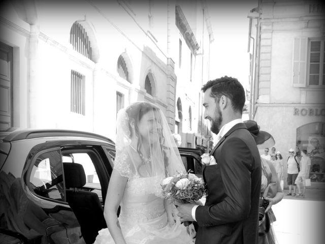 Le mariage de Sébastien et Elodie à Nîmes, Gard 5