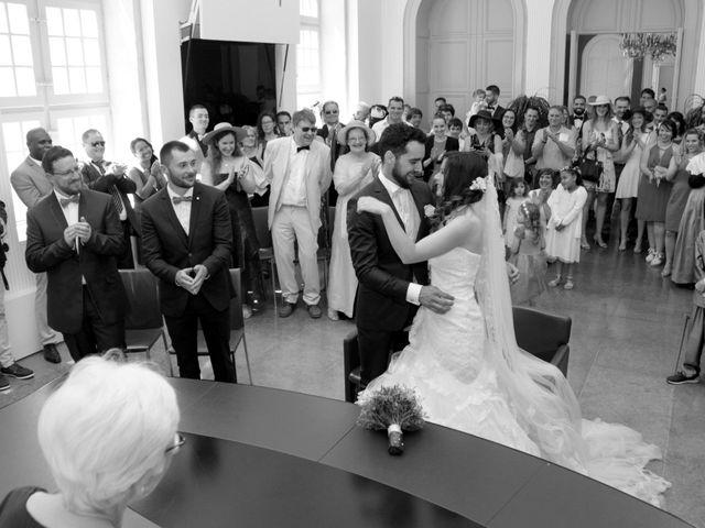 Le mariage de Sébastien et Elodie à Nîmes, Gard 11