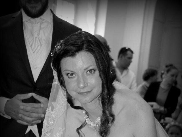 Le mariage de Sébastien et Elodie à Nîmes, Gard 12