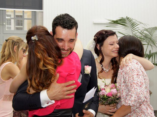 Le mariage de Sébastien et Elodie à Nîmes, Gard 14