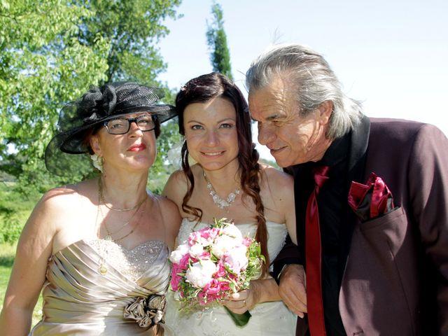 Le mariage de Sébastien et Elodie à Nîmes, Gard 50