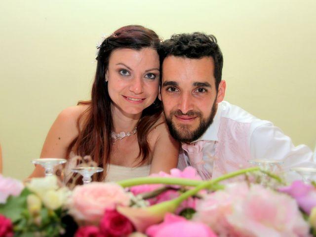 Le mariage de Sébastien et Elodie à Nîmes, Gard 86