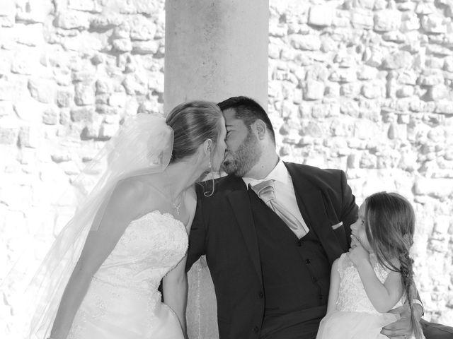 Le mariage de Florian et Noemie à Morières-lès-Avignon, Vaucluse 11