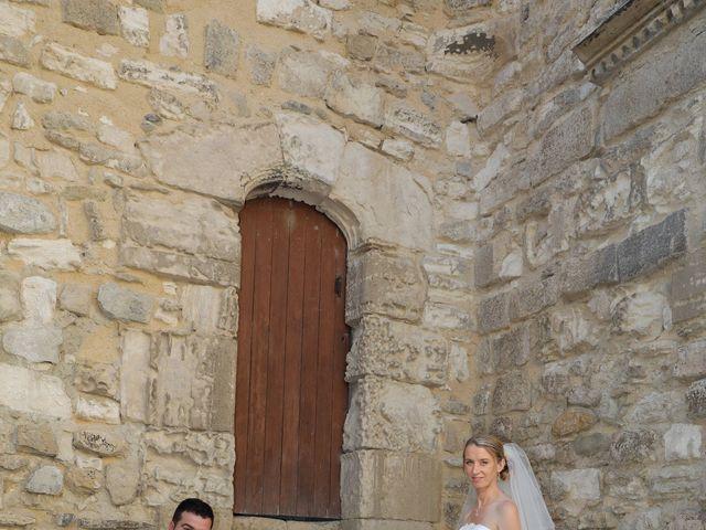Le mariage de Florian et Noemie à Morières-lès-Avignon, Vaucluse 12