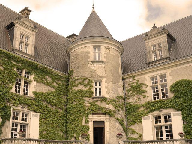 Le mariage de Julien et Angie à Brantôme, Dordogne 3
