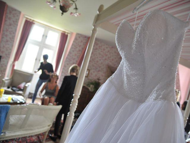Le mariage de Julien et Angie à Brantôme, Dordogne 5