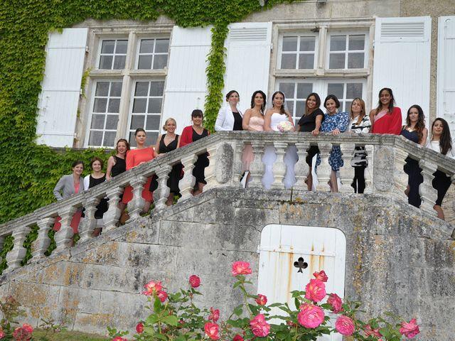 Le mariage de Julien et Angie à Brantôme, Dordogne 28