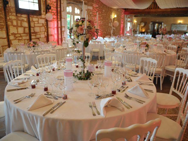 Le mariage de Julien et Angie à Brantôme, Dordogne 31