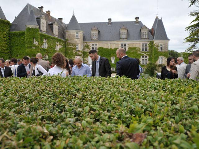 Le mariage de Julien et Angie à Brantôme, Dordogne 33