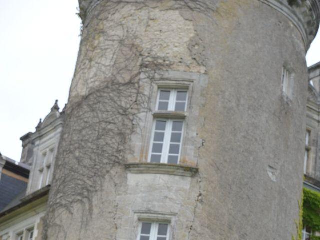 Le mariage de Julien et Angie à Brantôme, Dordogne 35