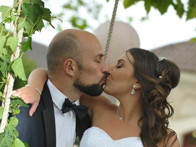 Le mariage de Julien et Angie à Brantôme, Dordogne 40