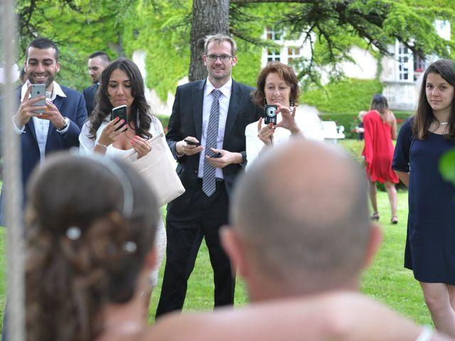 Le mariage de Julien et Angie à Brantôme, Dordogne 41