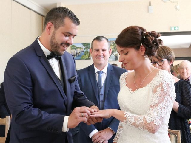 Le mariage de Julien et Anne Laure à Aiffres, Deux-Sèvres 9
