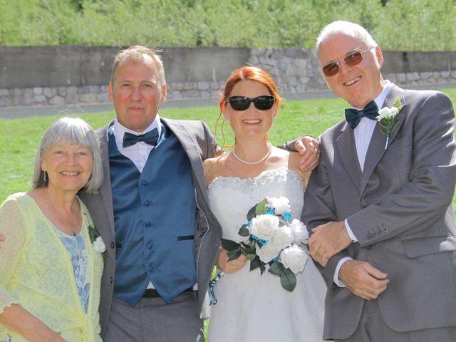 Le mariage de Laurent et Zelpah à Mont-de-Lans, Isère 11