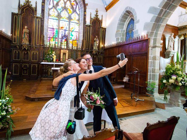 Le mariage de Cyrile et Valentine à Québriac, Ille et Vilaine 31