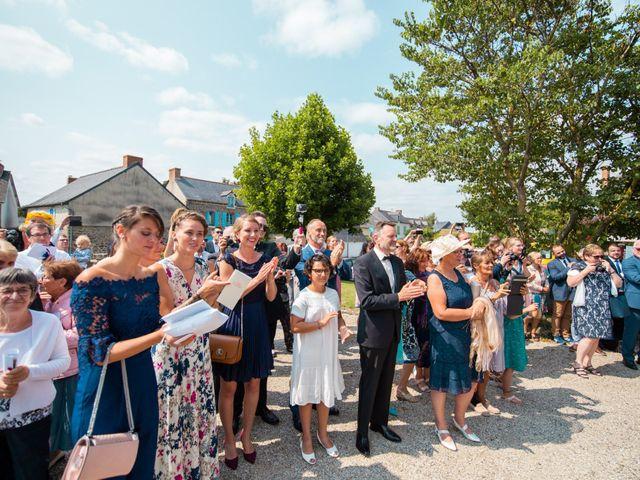 Le mariage de Cyrile et Valentine à Québriac, Ille et Vilaine 33