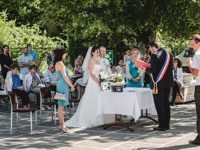 Le mariage de Bertrand et Catherine à Chavannes-sur-l'Étang, Haut Rhin 5