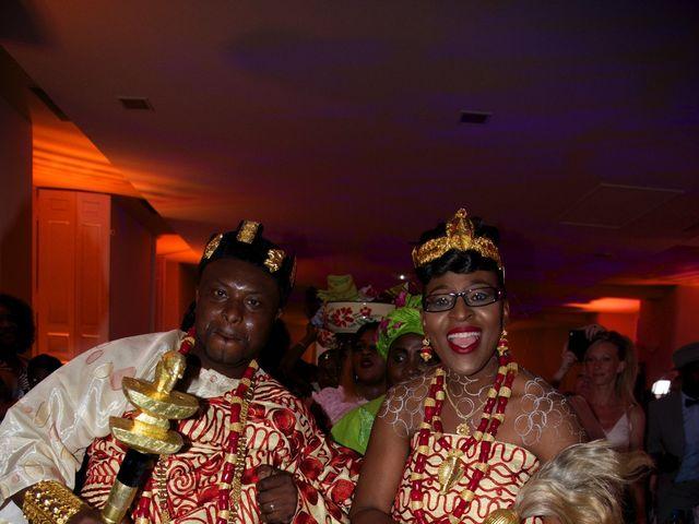 Le mariage de Aka-Paul et Octavie à Villiers-le-Bel, Val-d'Oise 35