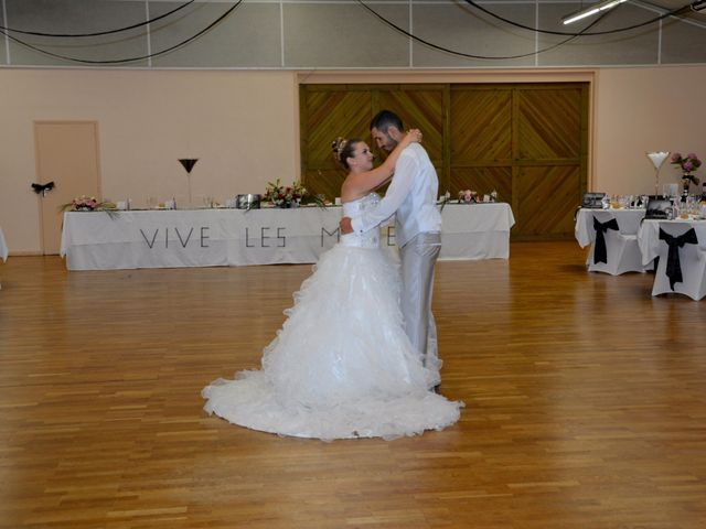 Le mariage de Guillaume et Malory à Vayres, Gironde 3