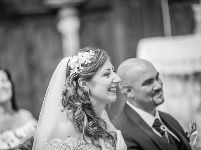 Le mariage de Yoann et Aurélie à Saint-Martin-la-Plaine, Loire 9