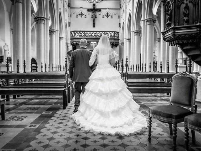 Le mariage de Yoann et Aurélie à Saint-Martin-la-Plaine, Loire 11