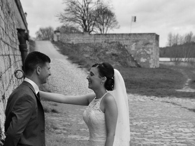 Le mariage de Maxime et Kathleen à Vienne-en-Val, Loiret 14