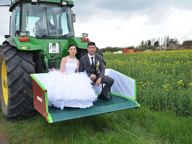 Le mariage de Maxime et Kathleen à Vienne-en-Val, Loiret 23