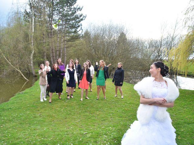Le mariage de Maxime et Kathleen à Vienne-en-Val, Loiret 36