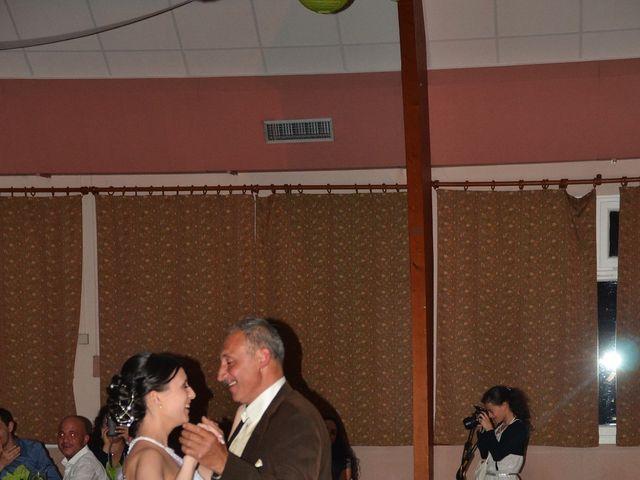 Le mariage de Maxime et Kathleen à Vienne-en-Val, Loiret 38